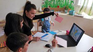 Read more about the article Interviu Patricia Bicăzan: Copiii își doresc mereu ceva nou